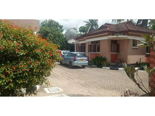 2 bed room villa for rent tsh 800000 at kijitonyama image 4