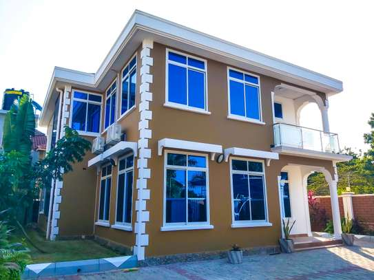 MBEZI BEACH HOUSE FOR RENT