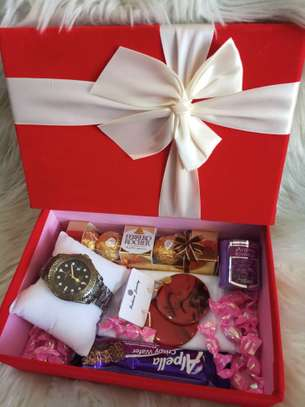 Valentine Gift Box for Her image 3