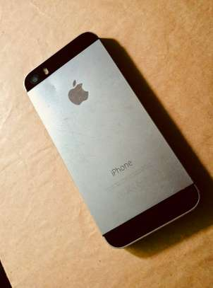 Selling iPhone 5s image 5