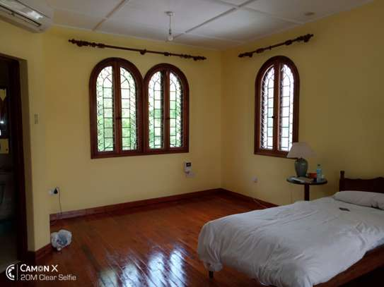 3bed house for sale at toure drive 1125sqm plot size facing the sea $2,5milion image 6