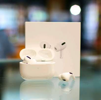 AIRPODS PRO image 5