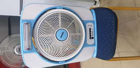 RECHARGABLE PORTABLE FAN WITH LED BULB image 1