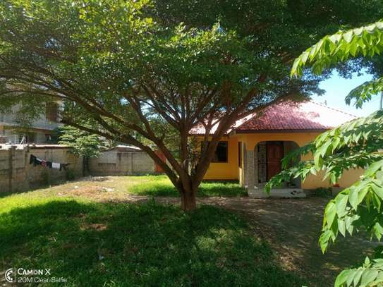 3bed house for sale at mbezi beach tshs 200mil image 7