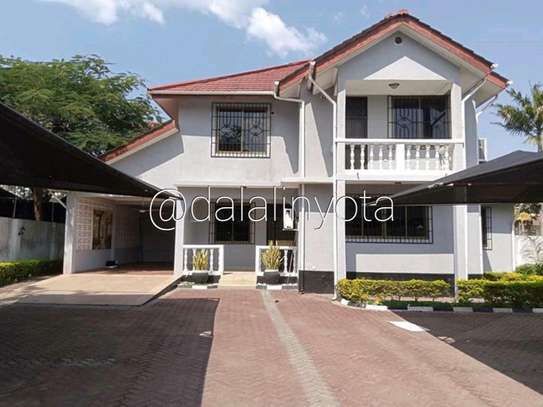 5 BDRM HOUSE NEAR DON BOSCO ADA ESTATE image 2