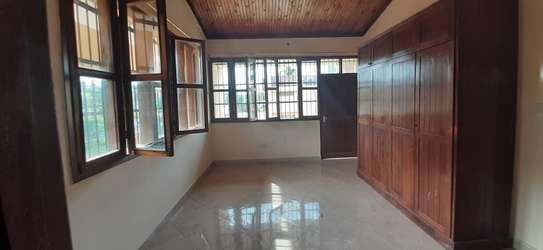 6 Villas Each With 3 Bedrooms (Plus Maids)) For Renting The Whole Compound in Masaki image 10