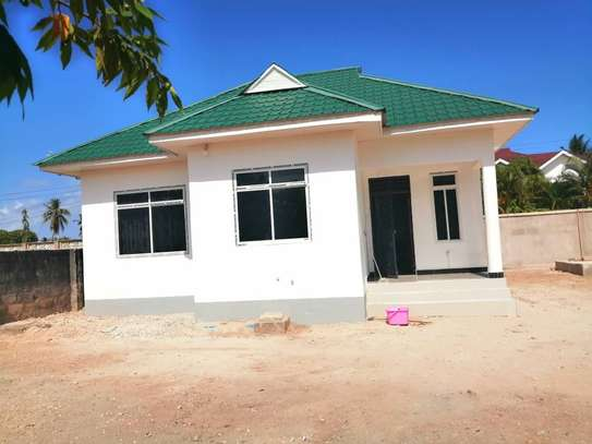 STAND ALONE HOUSE FOR RENT  - MBEZI BEACH KIDIMBWI image 6