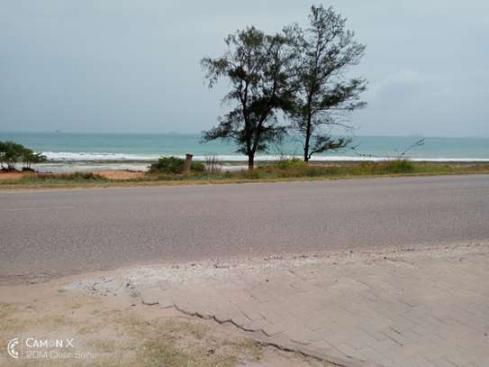 3bed house for sale at toure drive 1125sqm plot size facing the sea $2,5milion image 14