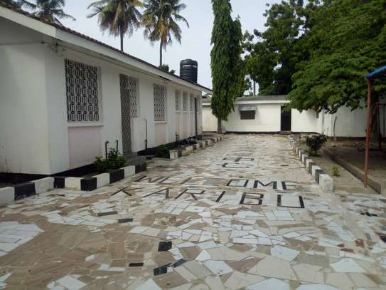 4 bed room house for rent with servant quorter at mikocheni warioba image 4