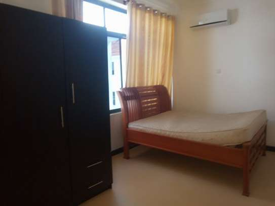 3bed apartment at oyster bay $800pm image 6