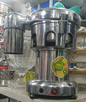 HEAVY DUTY COMMERCIAL BLENDERS image 1