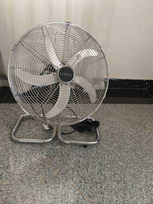 LOGIC Stainless Steel Retro Fan