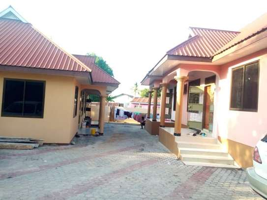 3 bed room big house for sale  at ukonga area image 3