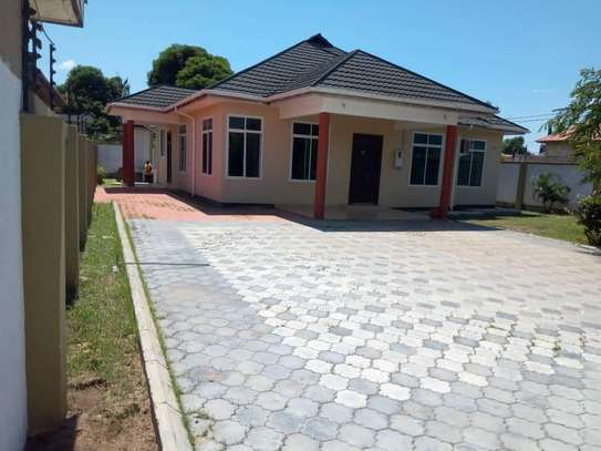 3Bdrm House For Rent in Tegeta