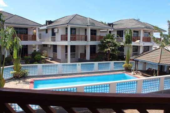 Sea view villas at Oysterbay-Toure Drive for rent