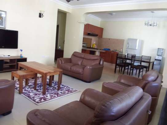 3 Bedrooms Apartment At Masaki for $700 image 2