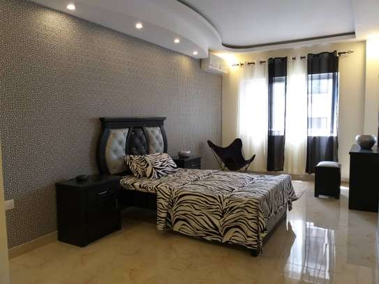 3bed apartment at upanga $1300pm image 1