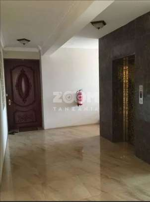 SPACIOUS  OCEAN VIEW FULLY FURNISHED 3BHK (EN-SUITE)  Apartment for sale image 10