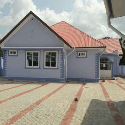 STAND ALONE HOUSE FOR RENT