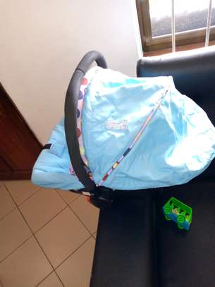USED BABY SEAT AND CARRY FOR 30,000 image 3