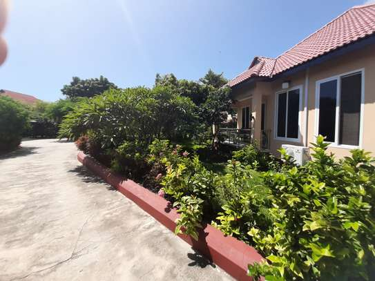 1 Bedroom  New Spacious Bungalow For Rent In Masaki image 10