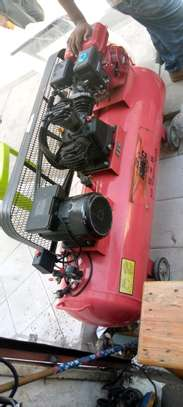 Air compressor image 1
