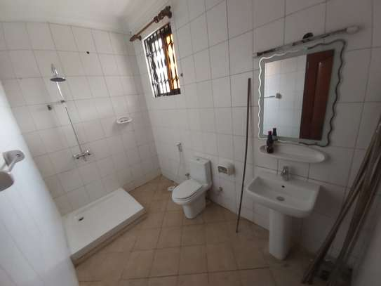 BUNGALOW FOR RENT (MSASANI) image 7