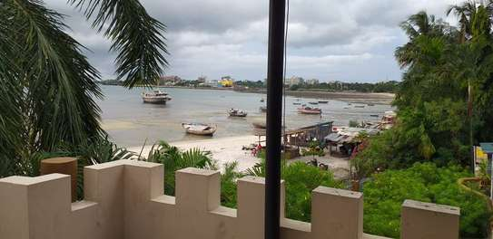 3 bed room beach plot apartment for rent at msasani image 3