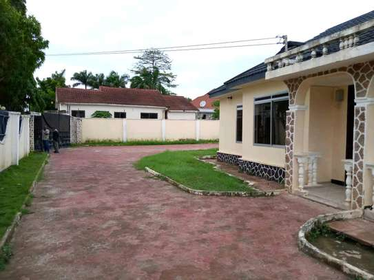House for sale at Tegeta nyaishozi image 4