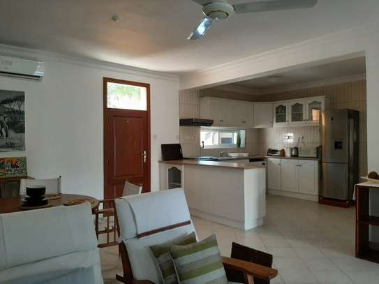 2 Bedrooms Home In Oysterbay For Rent image 6