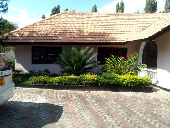 3 Bdrm Stand Alone House in Ada Estate image 13