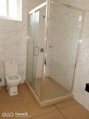4bedroom Town House for rent in oyster bay image 6