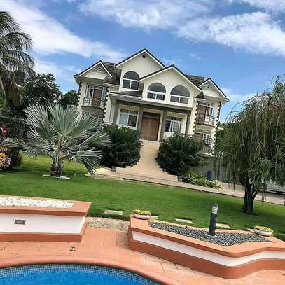 3bed house at top hill of salasala kilimahewa tsh1800000 image 7