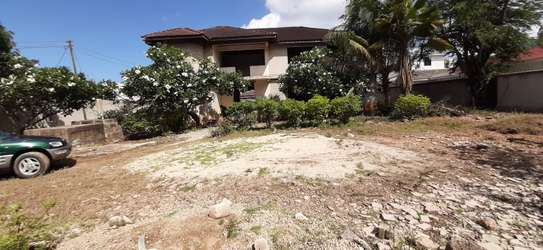 4/5 Bedrooms Large House For Sale in Masaki in the Peninsula image 1