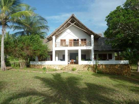 3 Bedroom Villa for Sale in Pangani,Tanga,Tanzania. image 1