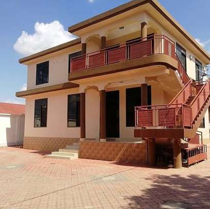 3BEDROOMS FOR RENT AT MBEZI BEACH AFRICANA