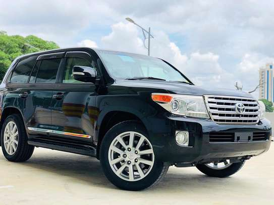 2013 Toyota Land Cruiser VX V8