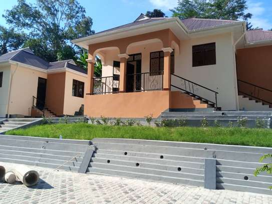 2 bed room villa for rent tsh 350,000 at kimara suka image 7