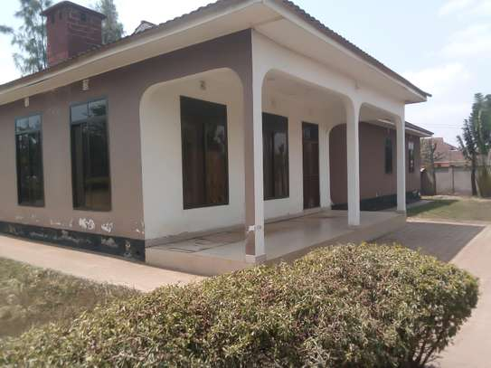 4BEDROOM HOUSE FOR RENT AT NJIRO image 2