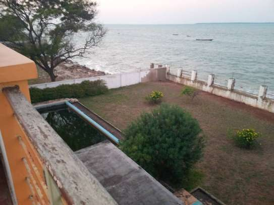 amazing 3 beach villa for sale at cheap price at kawe  every unit with its onwn swimming pool image 2