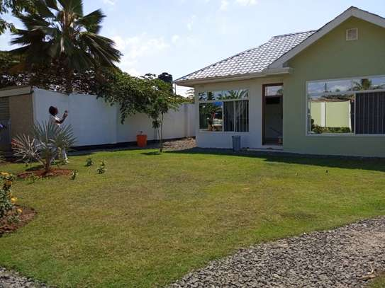 2bed small house for sale at mikocheni tsh200ml bomba image 12
