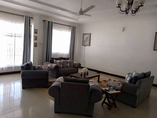 4 bed room stand alone for rent at masaki image 9