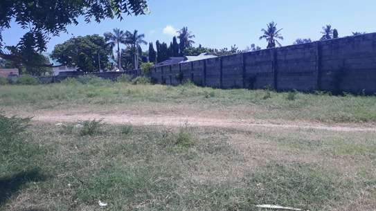 PLOT FOR SALE MBEZI BEACH image 3