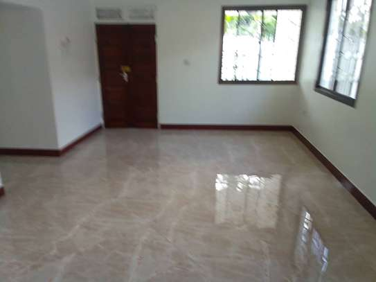 3 bed room house for rent at moroko chama cha walimu image 3