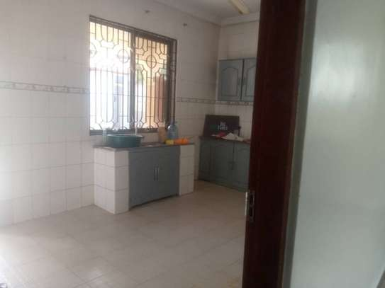 House for sale Salasala IPTL-with clean title deed image 8