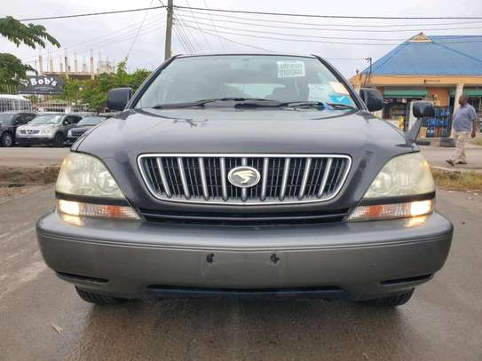 2002 Toyota harrier image 11