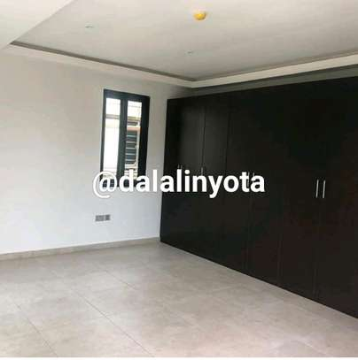 HOUSE FOR RENT VILLA image 17