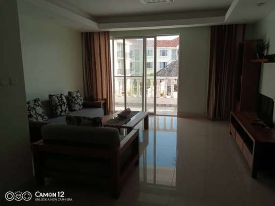 3 Bdrm Luxury Apartment in Oysterbay image 7
