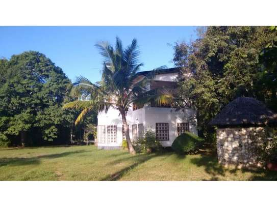 beach house 3bed at ras kilomon $1500pm image 6