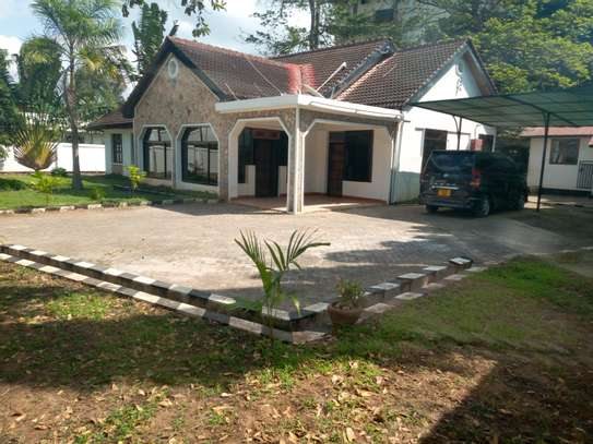 4 Bedrooms Semi-Furnished House For Rent